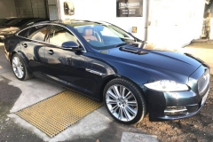 Jaguar XJ Blue