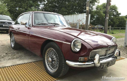 MGB GT Copperleaf Red